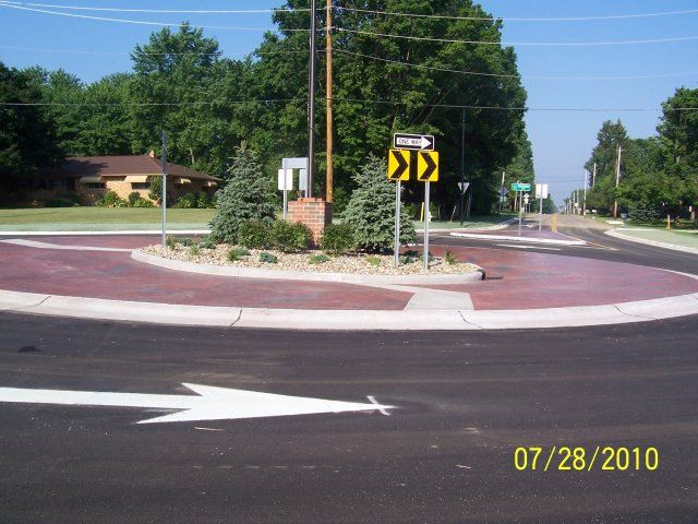 Ridgewood and Jacoby Road Roundabout (4)