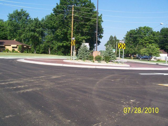 Ridgewood and Jacoby Road Roundabout (5)