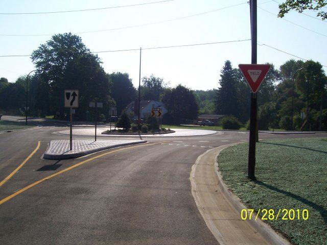 Ridgewood and Jacoby Road Roundabout (8)