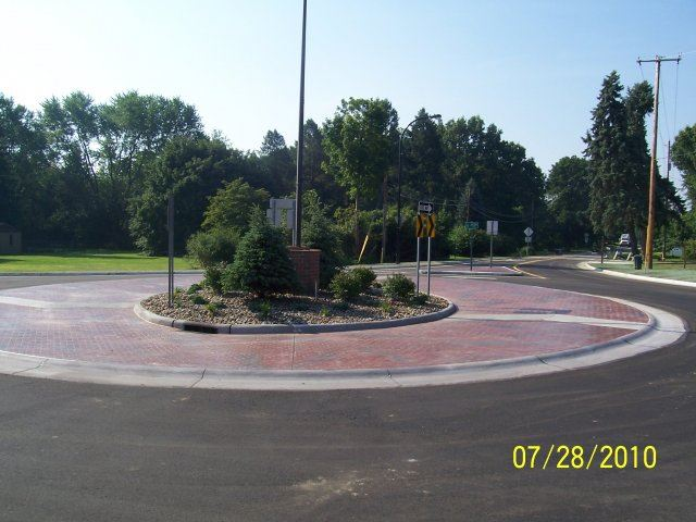 Ridgewood and Jacoby Road Roundabout (9)